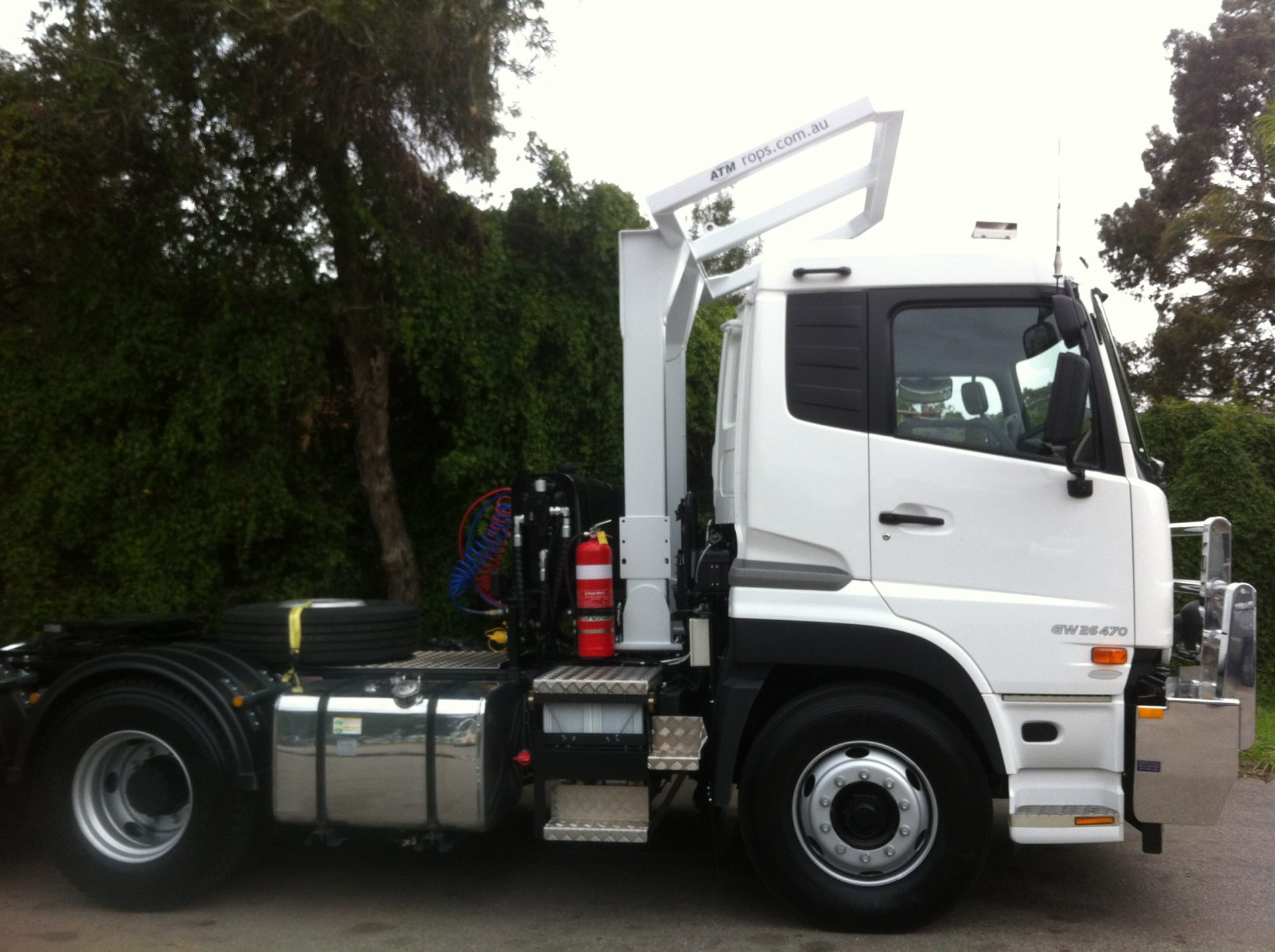 PRIME MOVER UD GW470 ROPS